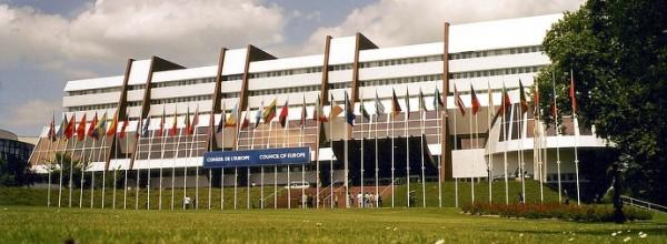 Rada Europy sprzeciwia się dyskryminacji genetycznej dla celów ubezpieczeniowych