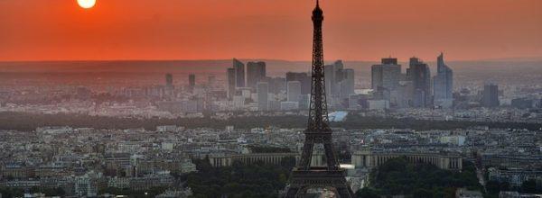 Francja: rząd uderza w pro life w Internecie, protest biskupów