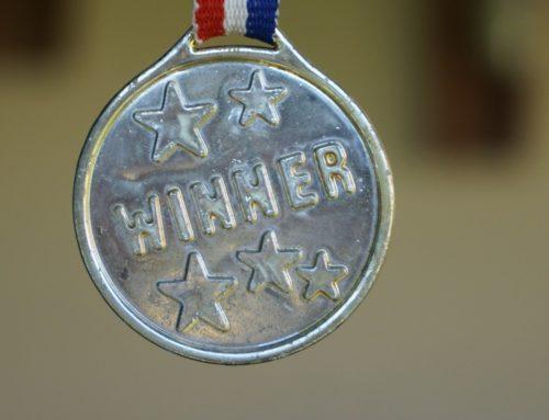 Chłopiec z porażeniem mózgowym pokonał maraton i zebrał 40 tys. funtów