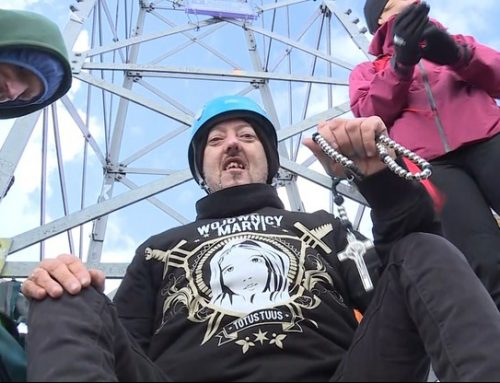 Niepełnosprawny marzył, by zdobyć Giewont. Wolontariusze wnieśli go na plecach