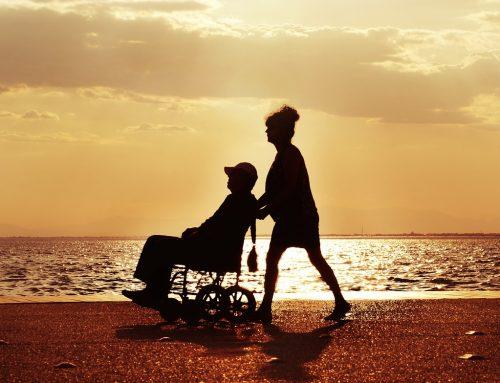 """""""Opieka wytchnieniowa"""" to pomoc w szczególności dla rodzin osób niepełnosprawnych, które same opiekują się nimi i niosą ten ciężar"""