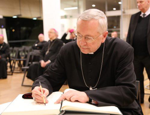 Przewodniczący Episkopatu prosi o ratowanie życia Polaka ze szpitala w Plymouth